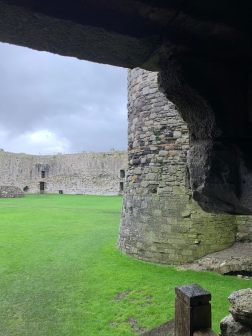Beaumaris_Castle.jpg